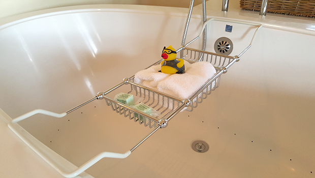 Milliken Creek Inn & Spa- Deep Jet Tub with Rubber Ducky