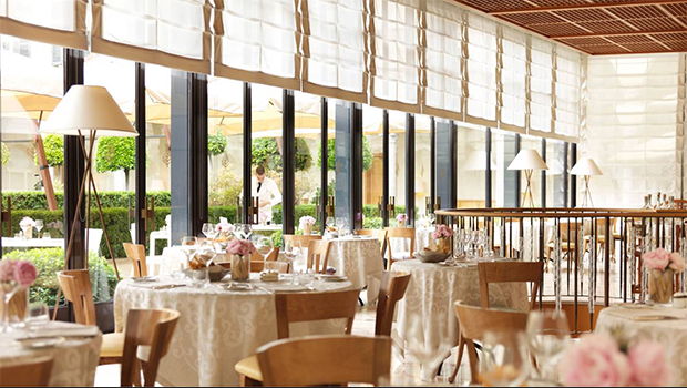 Four Seasons Milano- best hotel in Milan, this hotel has plush furnishings, an unbeatable location and outstanding food.