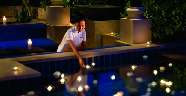 A Romantic Butler At Ritz Carlton Sanya