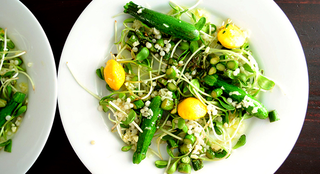 Summer Greens Salad- Make restaurant-style salads at home with this delicious and nutrient-rich micro-greens salad.