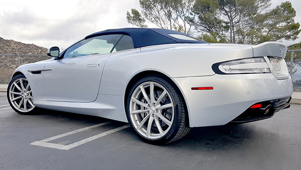 Aston Martin DB9 GT Volante