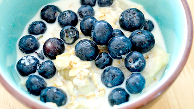 Easy Overnight Oats a.k.a. Bircher Muesli- the most nutritious, delicious and easiest breakfast ever.